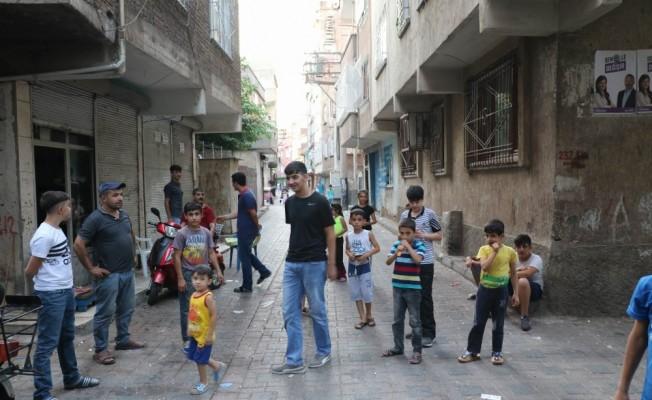 4 çocuğu taciz ettiği ileri sürülen şahsa mahalle dayağı