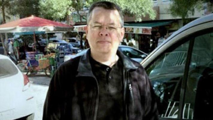 ABD'li rahip Brunson'un tutukluluğu devam edecek
