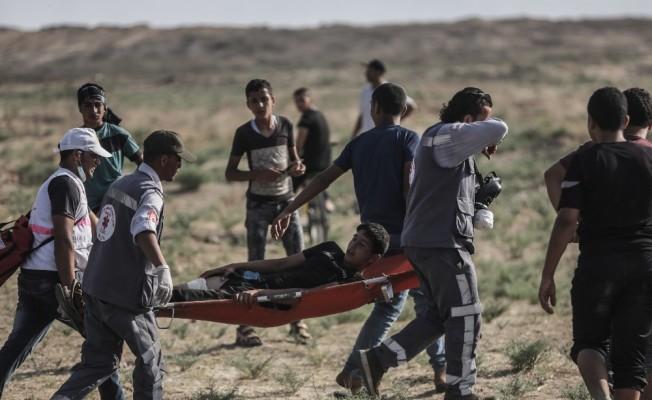 Gazze'deki gösterilerde İsrail askerleri yine saldırdı: 1 ölü, 220 yaralı