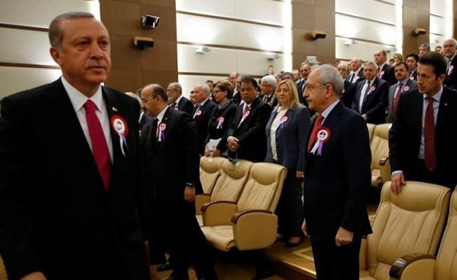 Kılıçdaroğlu, Erdoğan ve yakınlarına 359 bin lira tazminat ödeyecek