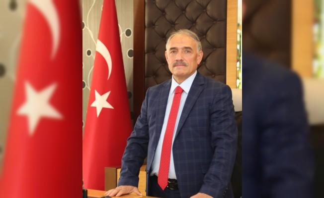 Niğde Bilediye Başkanı Rifat Özkan;
