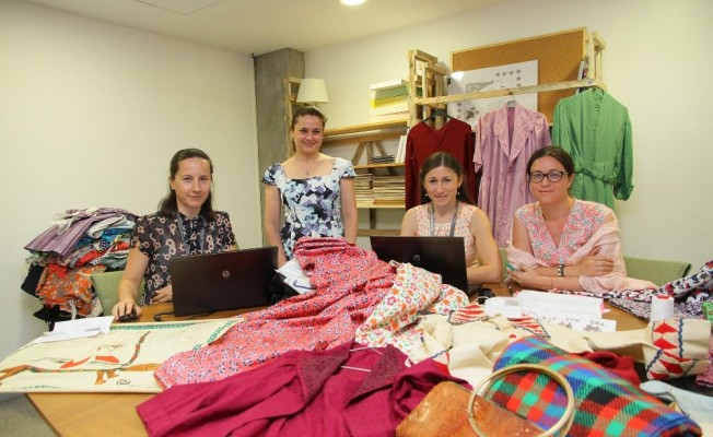 Türk moda tarihini kayıt altına alıyorlar