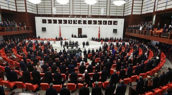 Yeni yönetim sisteminin ilk Meclis başkanı seçiliyor