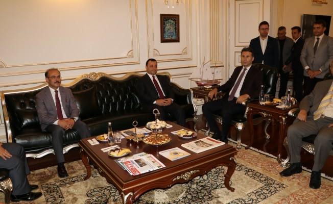 Anayasa Mahkemesi Başkanı Zühtü Arslan'dan Yozgat Valiliğine ziyaret