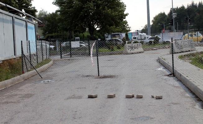 Araziden geçen yolun telle kapanmasına belediyeden açıklama