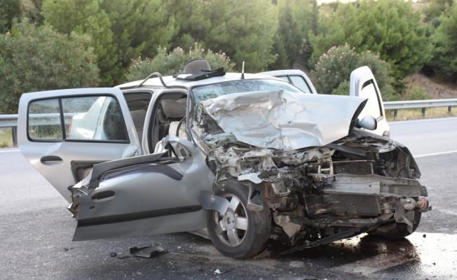 Aydın'da yeni evli çift kaza yaptı: 1 ölü, 3 yaralı