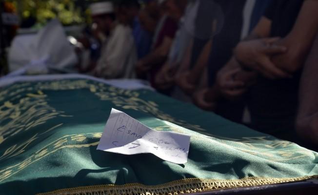 Babası tarafından boğularak öldürülen 13 yaşındaki kız ve intihar eden babası toprağa verildi