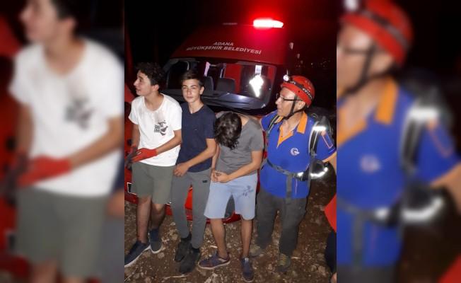 Dağda mahsur kalan 3 arkadaş kurtarıldı