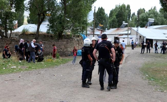 Erzurum'da taşlı sopalı kavga: 8 yaralı