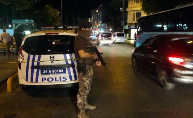 Fatih'te silahlı kavga: 1 polis yaralı