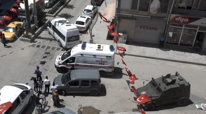 Hakkari'de terör saldırısı: 1 şehit , 6 askerimiz yaralı