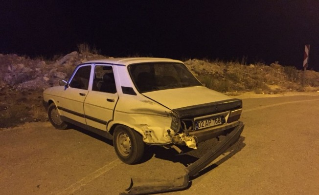 İki otomobil çarpıştı: 8 yaralı