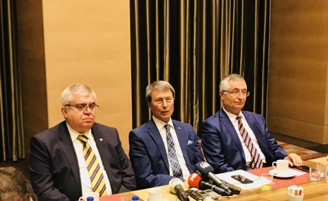 İyi Parti'de 3 kurucu üye istifa etti
