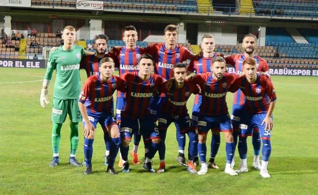 Kardemir Karabükspor, altyapı oyuncularıyla sahaya çıktı