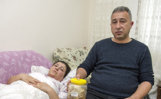 Karnında 1.8 kilo gazlı bez unutulmuştu: Hastane ve doktor suçlu çıktı