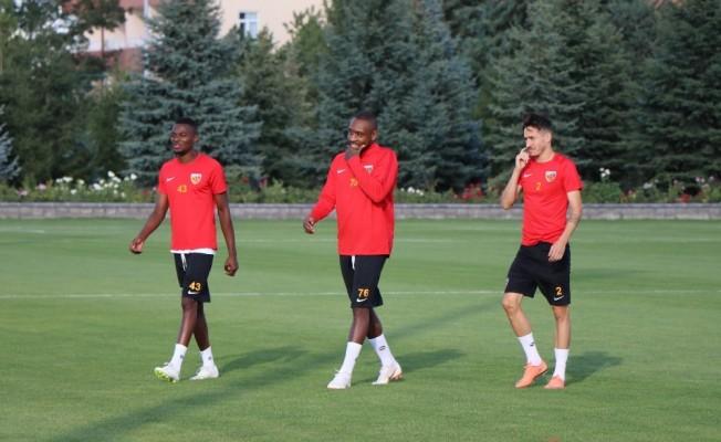 Kayserispor'da Antalyaspor mesaisi sürüyor