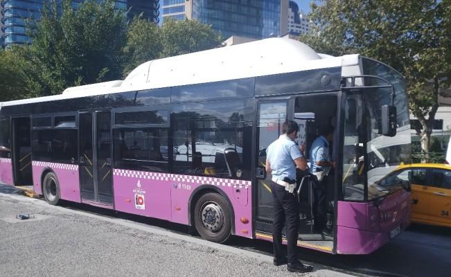 Seyir halinde bulunan özel halk otobüsünde korkutan yangın