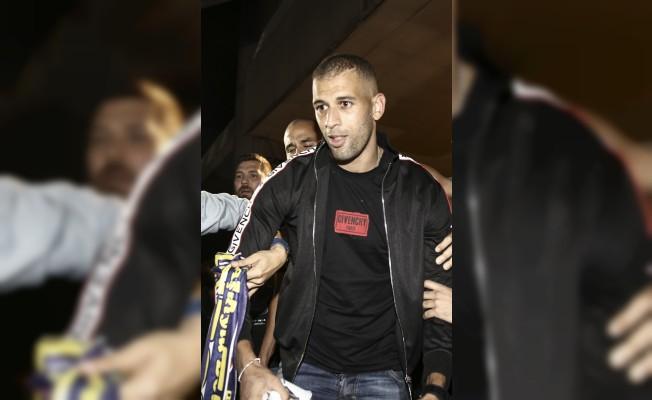 Slimani, Fenerbahçe için İstanbul'a geldi