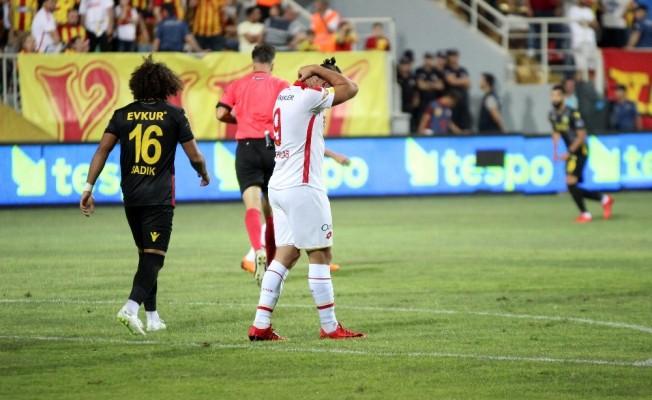 Spor Toto Süper Lig: Göztepe: 0 - Yeni Malatyaspor: 1 (İlk yarı)