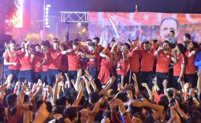 UTAŞ Uşakspor kombine biletleri satışa çıktı