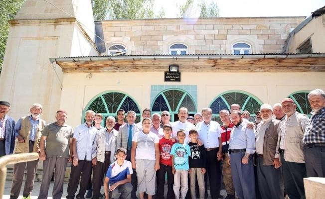 Vali Pehlivan evini müzeye dönüştüren Ömer Haşlak'ı ziyaret etti