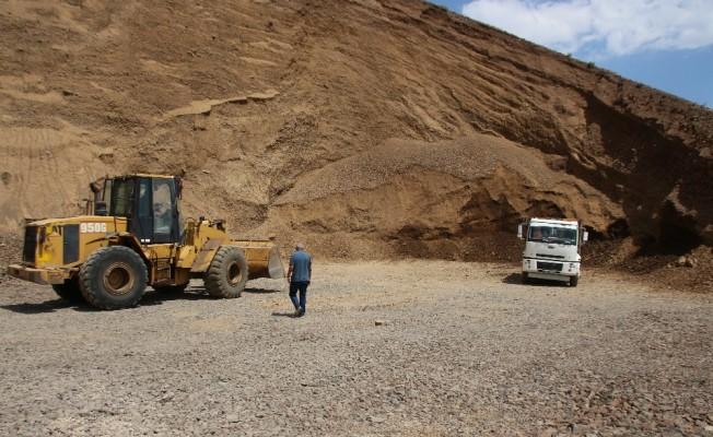 Varto'da köy içi yolları yapılmaya başlandı