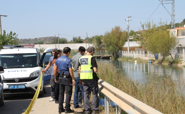Antalya'da sulama kanalında kadın cesedi bulundu
