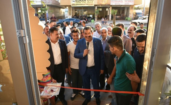 Başkan Atilla, iş yeri açılışı yaptı