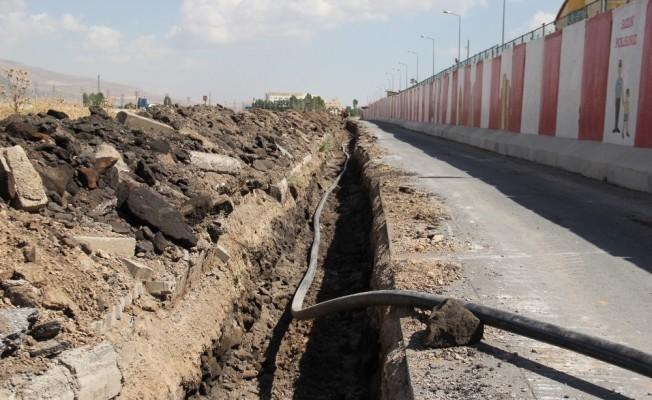 Bitlis'te alt yapı çalışmaları devam ediyor