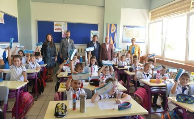 Bozbey'den okullara ziyaret