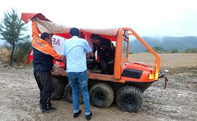 Dağda mahsur kalan vatandaşları AFAD kurtardı