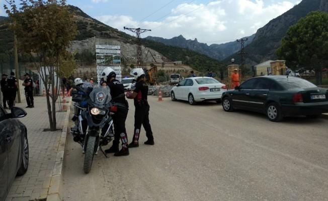 Denizli'de vinç kazasında hayatını kaybeden işçi sayısı 3'e çıktı