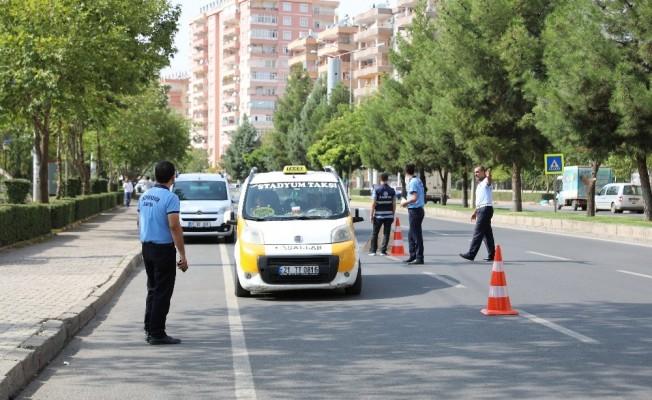 Diyarbakır'da ticari taksiler denetleniyor