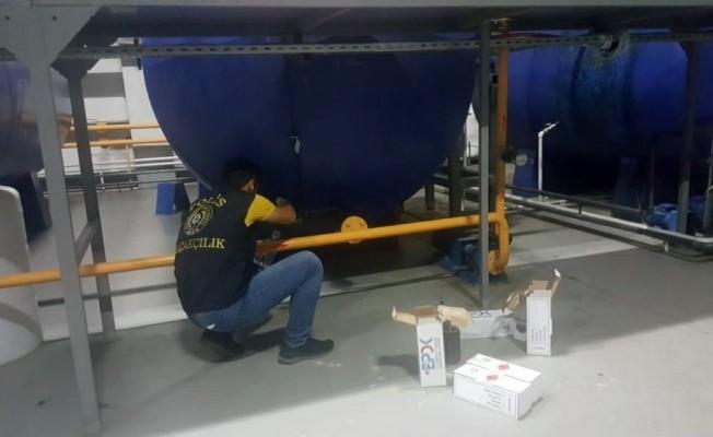 Kaçak akaryakıt imal eden geri dönüşüm fabrikasına operasyon