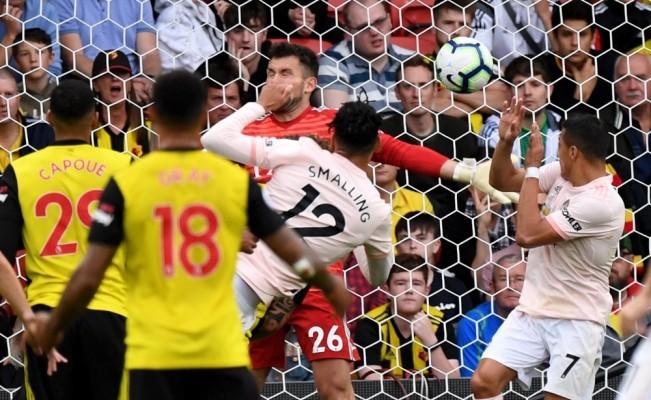 Manchester United, Watford'un yenilgisizliğini bitirdi