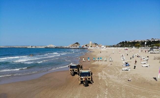 (Özel) Şile plajındaki temizlik çalışmaları havadan görüntülendi