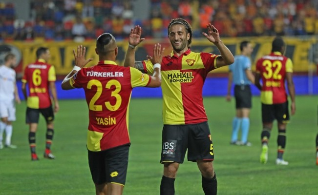 Spor Toto Süper Lig: Göztepe: 2 - Kayserispor: 0 (İlk yarı)