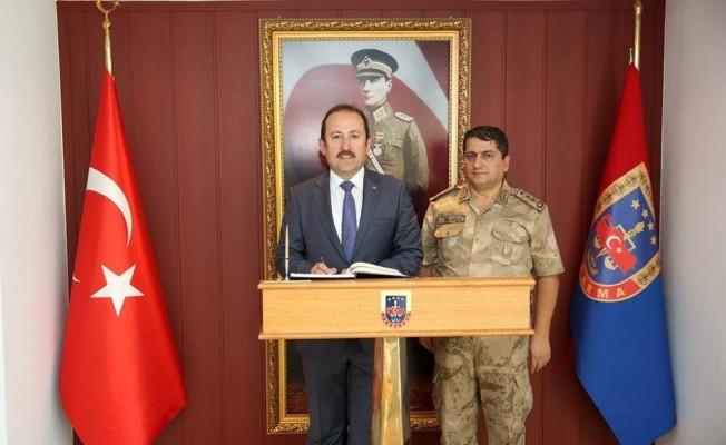 Vali Pehlivan, İl Jandarma Komutanı Bilgiç'i ziyaret etti