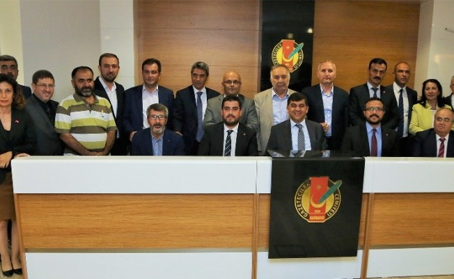 AK Parti Şehitkamil heyeti basınla buluştu