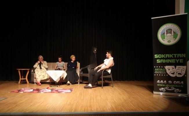 Akyazı Belediyesinden ödüllü liseler arası tiyatro yarışması