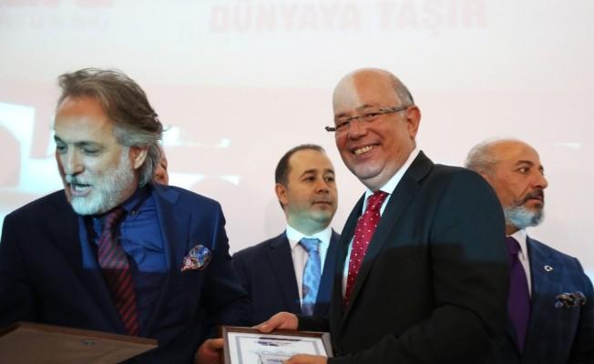 """Atılım Üniversitesi Rektörü Üçtuğ: """"Üniversitemiz lojistik firmalarıyla yoğun bir işbirliği içinde olacak"""""""
