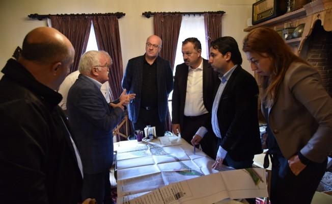 Eğirdir Belediyesi'nin sorunları Milletvekili Özel'e iletildi