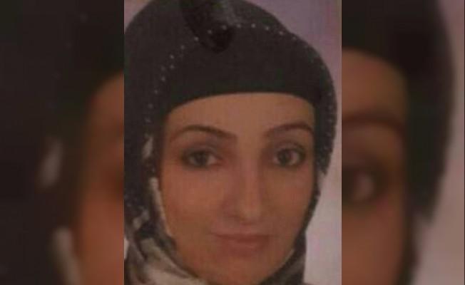 Eski eşini bıçaklayarak öldüren kadına 12,5 yıl hapis cezası