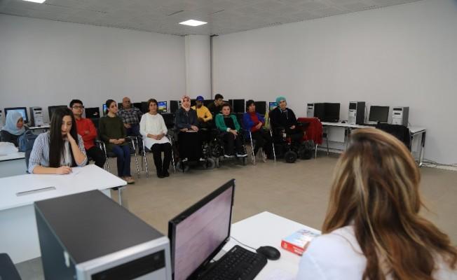 Gölbaşı Belediyesinden engellilere yönelik meslek edinme kursları