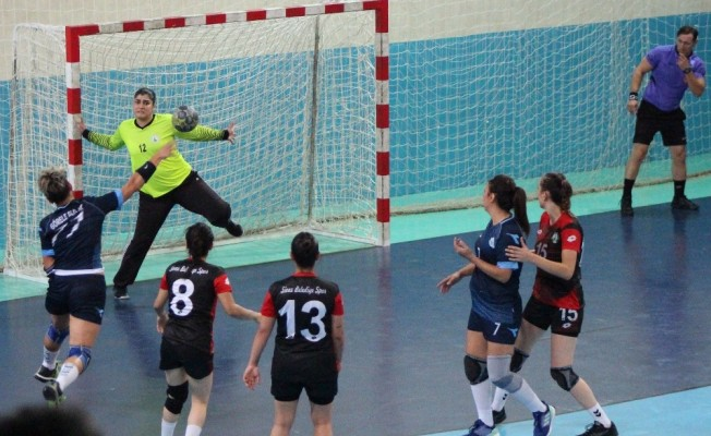 Görele Belediyesi Bayanlar Hentbol takımı Sivas Belediyespor'u 32-30 mağlup etti