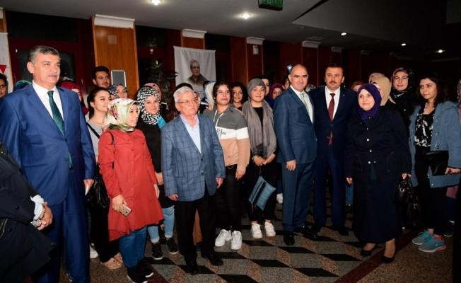 Kahramanmaraş'ta 'Özün Sözü' galası