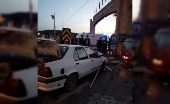 Karabük'te otomobil ile minibüs çarpıştı: 10 yaralı