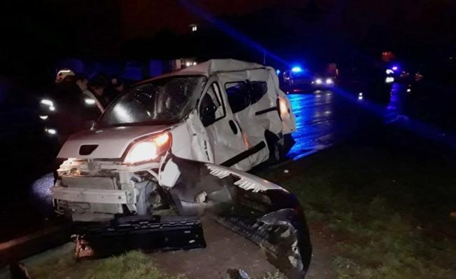 Kütahya'da yolcu otobüsü ile kamyonet çarpıştı: 2 ölü