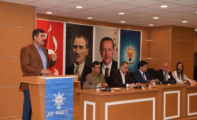 Muş'ta 'AK Parti Danışma Meclisi' toplantısı