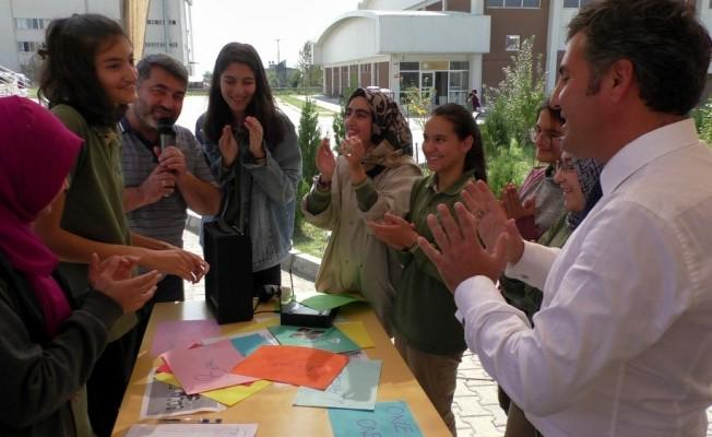 Nazilli'de öğrenciler kulüplerine üye bulmak için yarıştı